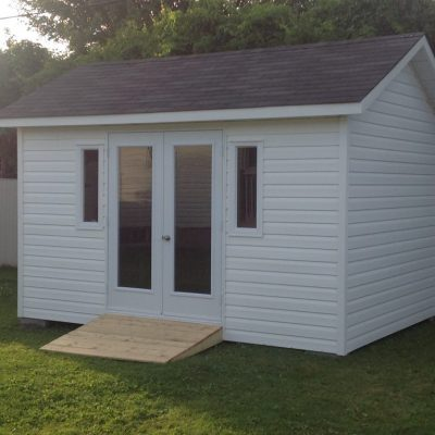 Dura-tech offers a wide choice of models and different sizes.  Let us make your shed with the highest standards on the market.